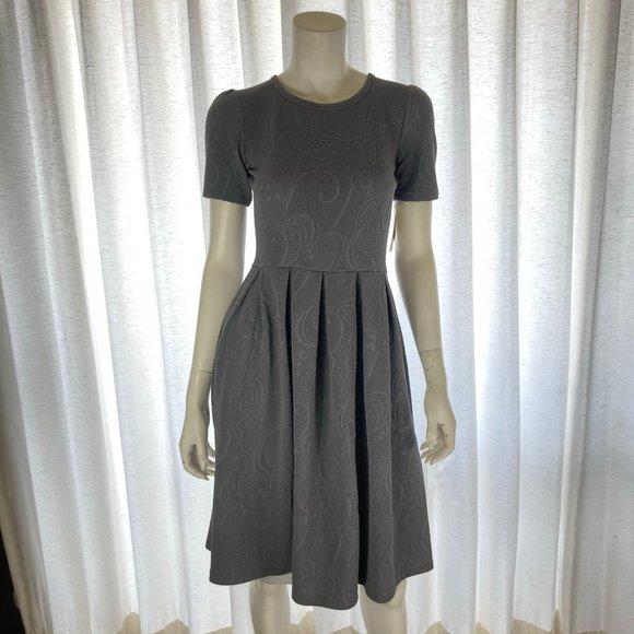 NEW Lularoe Amelia Dress Small